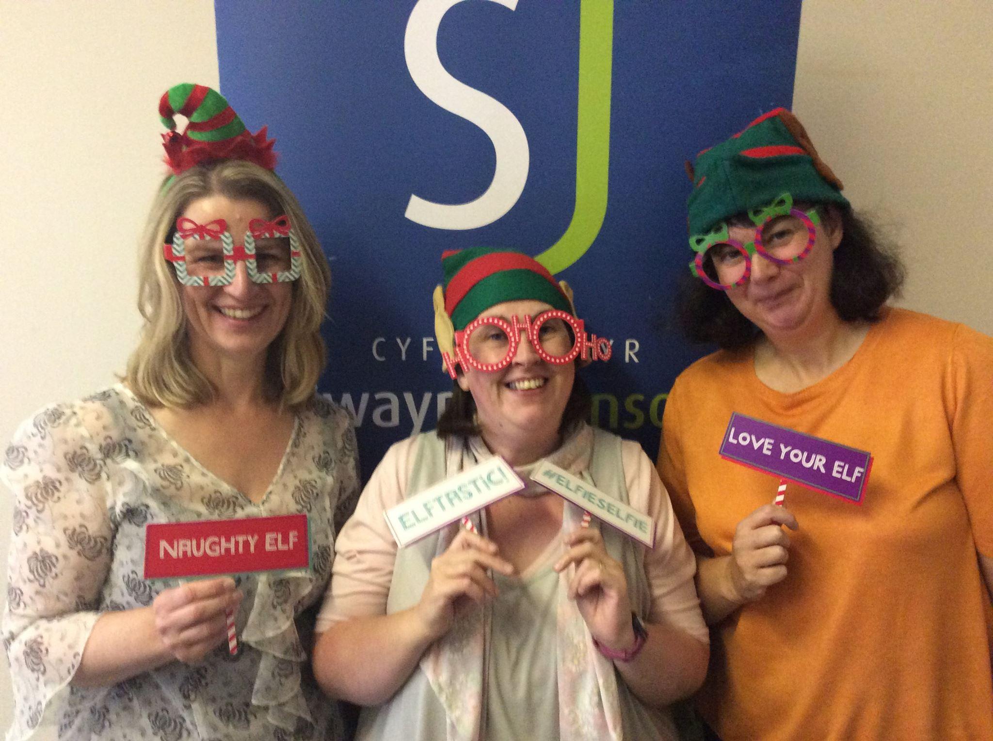swayne-johnson-elf-day